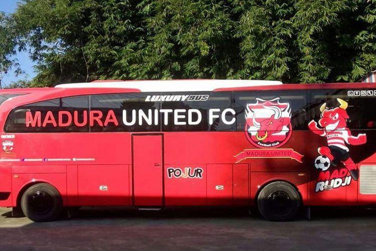 Bus madura united