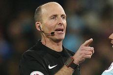 Lagi, Keputusan Kontroversial Mike Dean di Liga Inggris Dianulir...