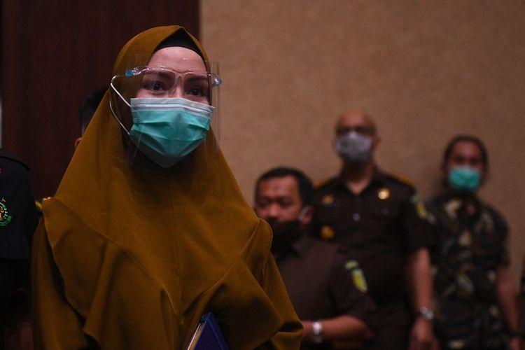 Suami Jaksa Pinangki Sebut Istrinya Punya Brankas Berisi Tumpukan Uang Asing Halaman All Kompas Com