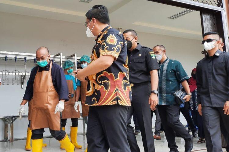 Wagub Sumbar Audy Joinaldy dikawal pengawal pengawal pribadi dari TNI/Polri