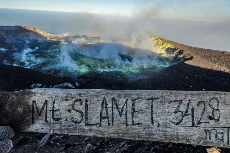 Kawah Gunung Slamet Tahun 2015