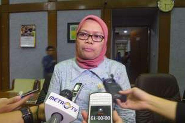 Wakil Ketua Komisi VIII Ermalena di Kompleks Parlemen, Senayan, Jakarta, Rabu (20/7/2016)
