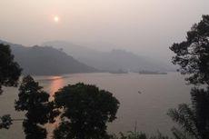 Menunggu Matahari Terbit di Danau Terbesar Bengkulu