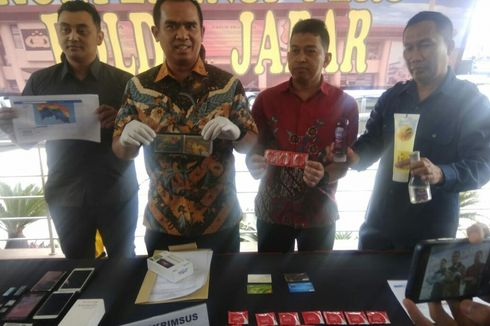 Fakta Penangkapan Pasangan Gay di Bandung, Anggota Grup Ribuan hingga Alat Kontrasepsi di Kos