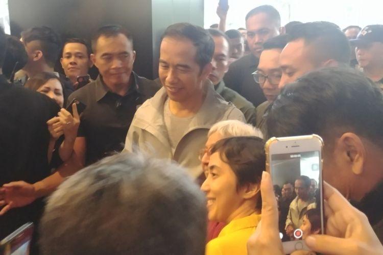 Presiden Joko Widodo, Sabtu (10/11/2018) sore, blusukan ke Pascal Hyper Square Bandung.