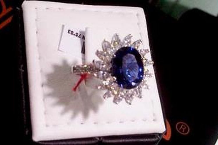 Kiat Memilih Perhiasan Swarovski Asli