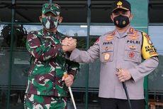 Kapolda Metro dan Pangdam Jaya Beri Motivasi Anggotanya untuk Tekan Penyebaran Covid-19 di Kampung Tangguh