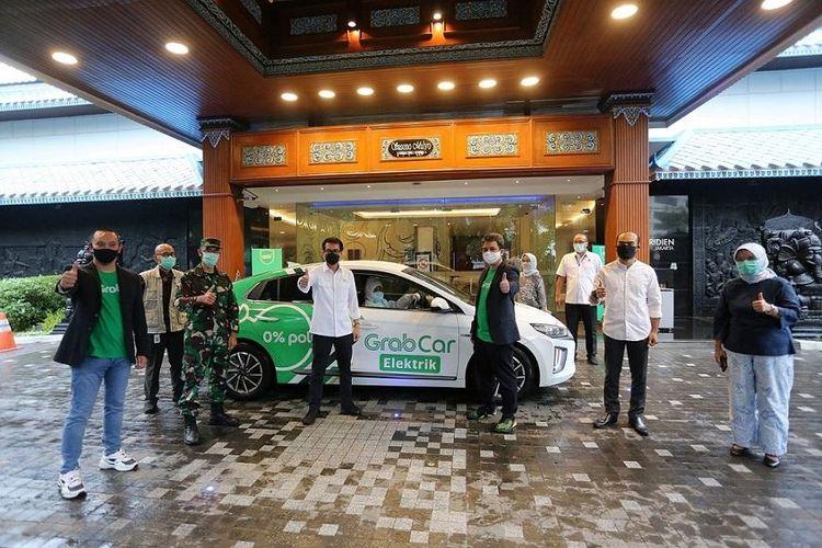 Kemenparekraf bekerja sama dengan Grab Indonesia sediakan sarana transportasi khusus untuk tenaga medis.