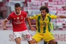 Dua Pemain Benfica Cedera Setelah Bus Tim Dilempari Batu oleh Suporter