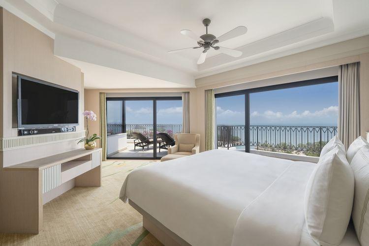 Shangri-Las Rasa Sentosa Resort & Spa.