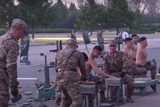 Korea Utara Pamerkan Tentara