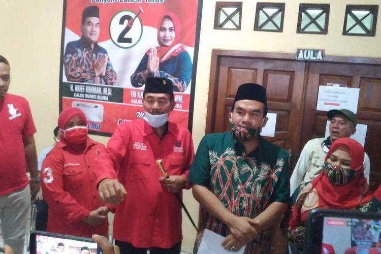 Pasangan Arief Rohman-Tri Yuli Setyowati (Artys) di Kantor DPC PDI Perjuangan Blora, Rabu (9/12/2020).