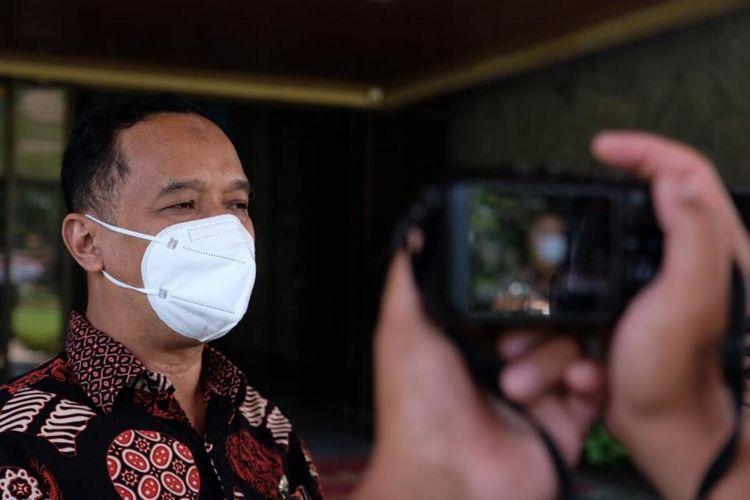 Wali Kota Magelang dr. Muchamad Nur Aziz menyatakan siap terjun langsung menangani pasien Covid-19 di rumah sakit darurat Covid-19, Kamis (1/7/2021).