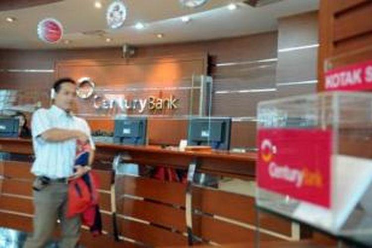 Ilustrasi: Suasana kantor Bank Century di Jakarta (22/1/2009). Bank Century menyatakan dana pihak ketiga (DPK) selama 15 hari di awal tahun ini mencapai Rp100 miliar.