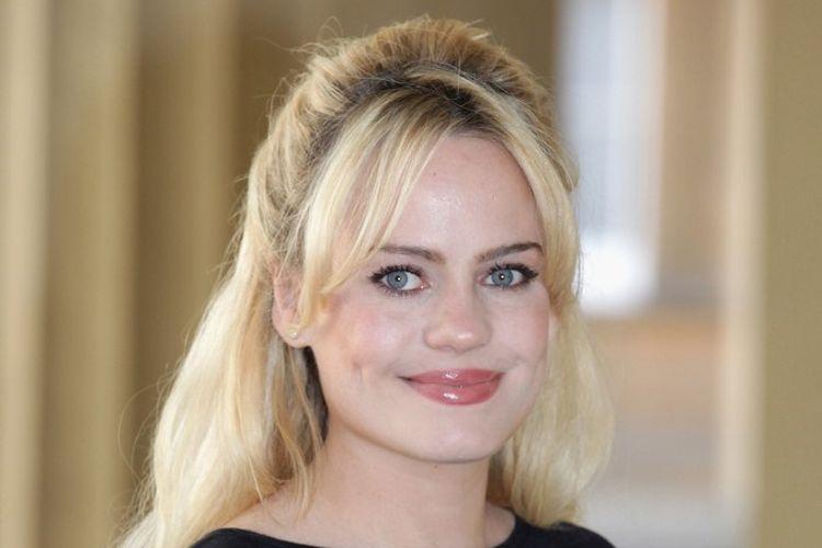 Penyanyi asal Wales Duffy menghadiri sebuah acara di Buckingham Palace, London, pada 9 Mei 2011.