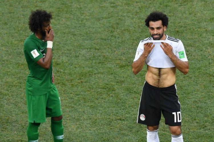 Penyerang Mesir, Mohamed Salah, dalam laga penyisihan grup Piala Dunia 2018 kontra Arab Saudi di Volgograd Arena, Senin (25/6/2018)
