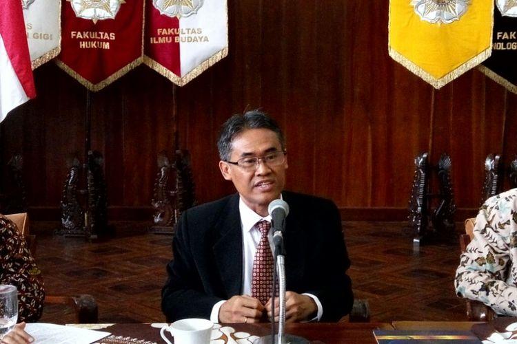 Dekan Fakultas Teknik, Panut Mulyono terpilih sebagai rektor Universitas Gadjah Mada (UGM) periode 2017 - 2022