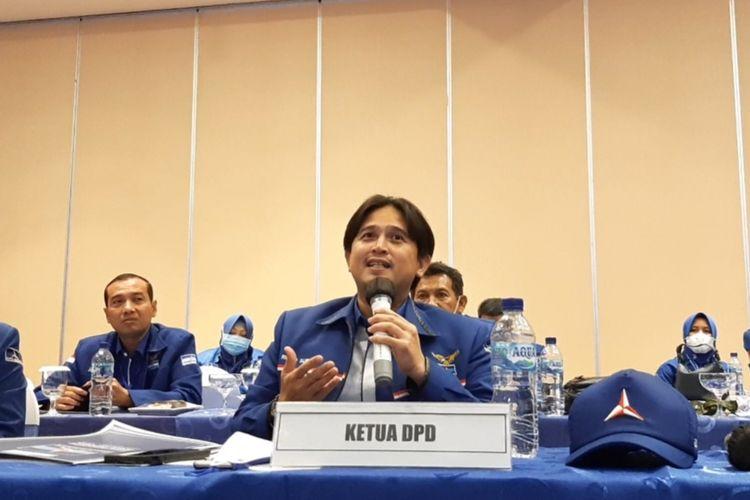 Ketua DPD Demokrat Jawa Tengah Rinto Subekti saat konferensi pers di Hotel Candi Semarang, Jumat (5/3/2021).