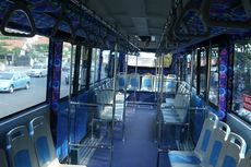 Ini Alasan Kenapa Bus Dalam Kota Model Kursinya Berhadapan