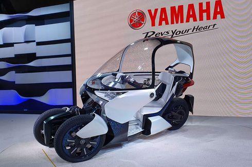Yamaha MW-Vision, Motor Roda Tiga Pakai Atap