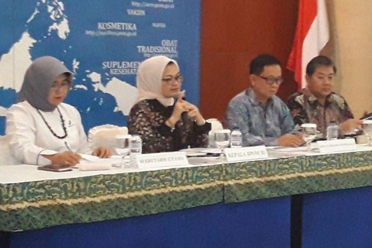 Kepala BPOM Penny K Lukito (kedua dari kiri) saat konferensi pers di Kantor BPOM, Senin (9/7/2018).