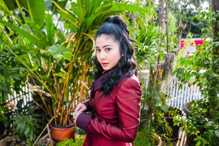Penyanyi Thavita.