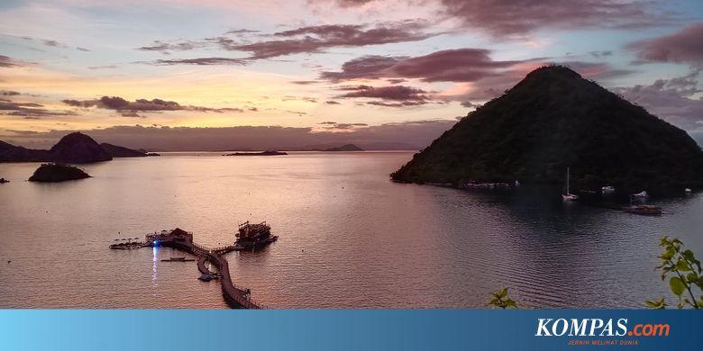 Kapal Berpenumpang Wartawan Istana Terbalik di Labuan Bajo
