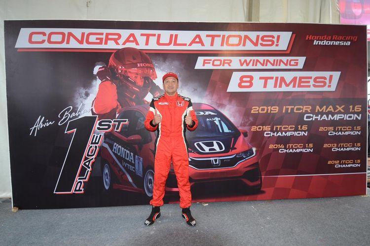 Pebalap Honda Racing Indonesia, Alvin Bahar.