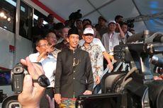 Jokowi: Mau Twitter Kek, Facebook Kek... 2014 Masih Lama!