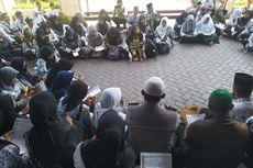 Gaji Dibayar 3 Bulan Sekali, Ratusan Guru Datangi DPRD Jember
