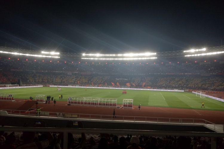 Pertandingan Liga 1 2019 pekan ke-29 antara Persija Jakarta vs Persipura Jayapura yang berlangsung di Stadion Utama Gelora Bung Karno, Jakarta, Kamis (28/11/2019) malam.