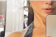 Terungkap, Sosok Pria Misterius di Belakang Foto Selfie J.Lo
