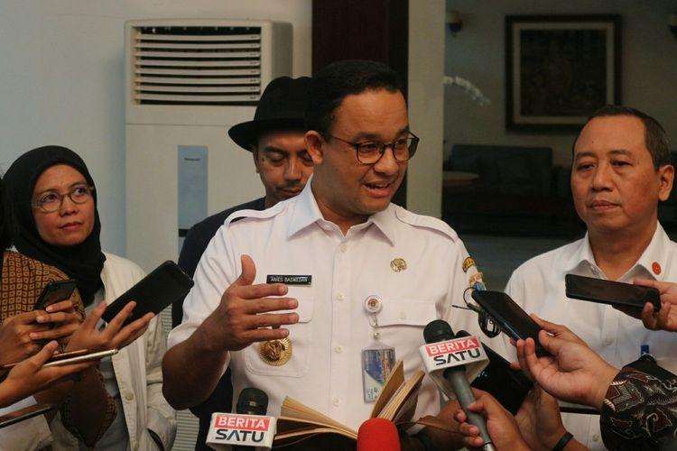 Gubernur DKI Jakarta Anies Baswedan usai rapat Komisi Pengarah Pembangunan Kawasan Medan Merdeka di Kantor Kemensetneg, Jakarta