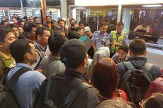 Berita Foto: Pagi yang Ramai di Soekarno-Hatta, Dampak Lampu