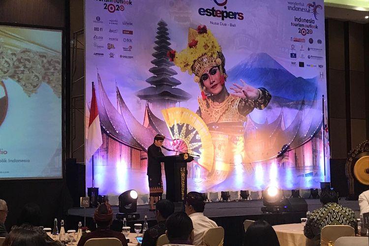 Menparekraf Wishnutama membuka Indonesia Tourism Outlook 2020, di Badung, Bali, Jumat (22/11/2019).