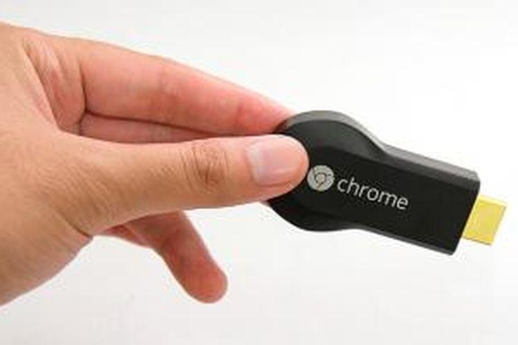 Google Chromecast hanya berukuran sebesar USB flash disk atau modem