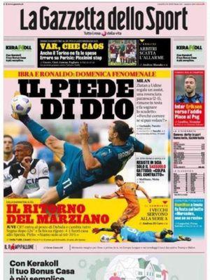 Halaman depan La Gazzetta dello Sport yang memuat foto tendangan salto Zlatan Ibrahimovic dengan kata-kata Kaki Tuhan.