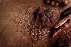 Cara Potong Cokelat Batangan dengan Cepat, Bekal Bikin Cookies Cokelat