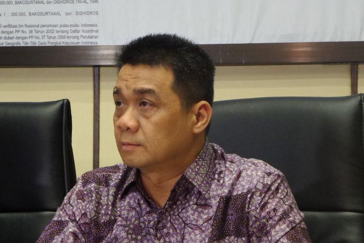 Wakil Ketua Komisi II DPR RI Ahmad Riza Patria di Kompleks Parlemen, Senayan, Jakarta, Senin (27/3/2017).