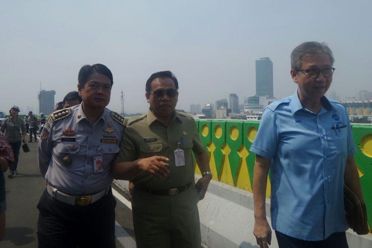 Sekda DKI Jakarta Saefullah meninjau koridor 13 Transjakarta jurusan Ciledug Tendean, Selasa (8/8/2017).
