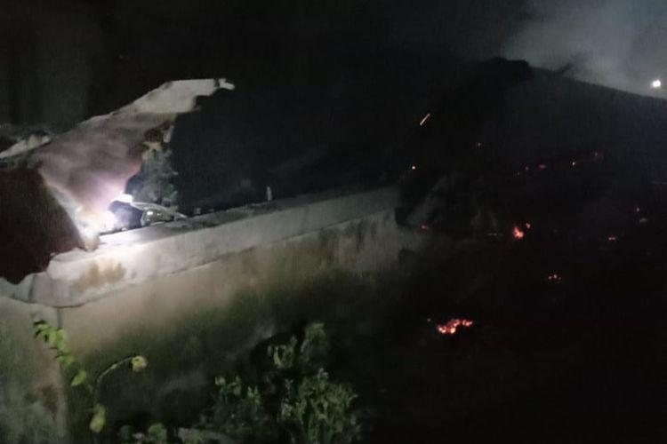 Rumah Rizal, warga Desa Bakit, Parittiga, Bangka Barat yang ludes terbakar pada Kamis (28/1/2021).