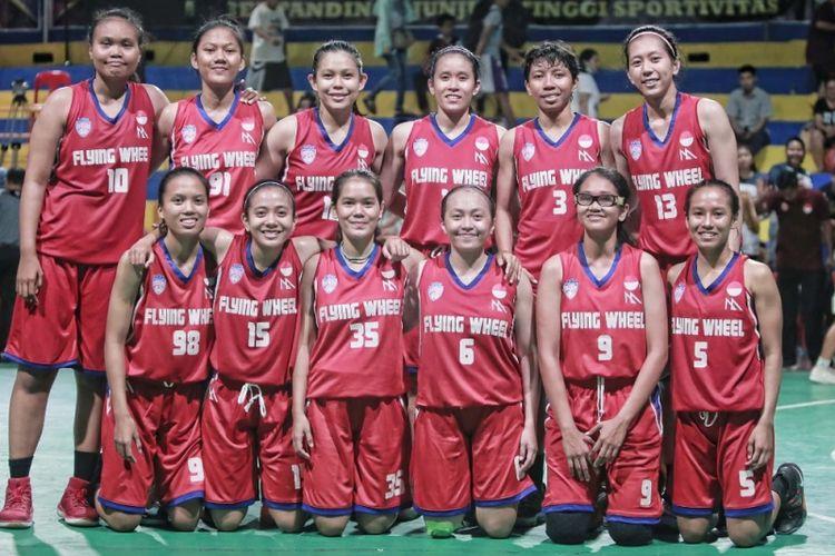 Skuad lengkap tim bola basket putri Flying Wheel Makassar untuk Piala Srikandi Musim 2018-2019
