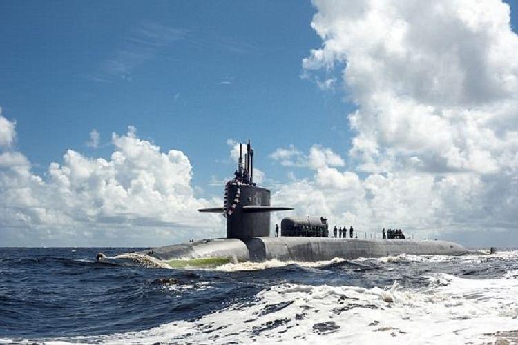 Kapal selam nuklir USS Georgia dikabarkan juga diarahkan menuju Laut Tengah tak jauh dari Suriah.