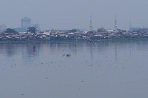 Relokasi di Sisi Timur Waduk Pluit Dilakukan Bertahap
