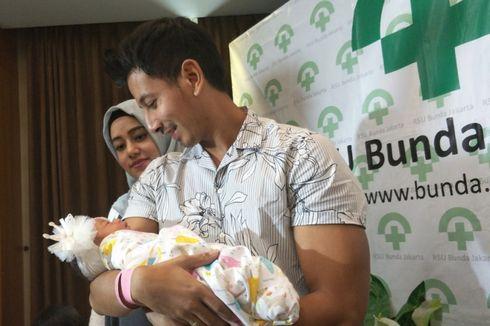 Sonny Septian Takjub Saksikan Langsung Proses Kelahiran Anak Pertamanya