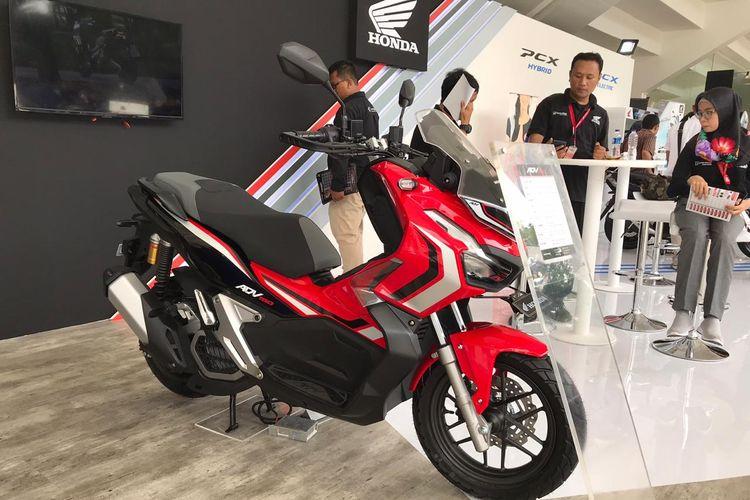 Pembelian Honda ADV150 di ajang IIMS Moto Bike Expo mendapat bonu jaket eksklusif