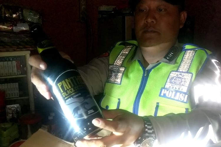 Penggerebekan lokalisasi gang royal, Jalan Rawa Bebek, Penjaringan, Jakarta Utara, Kamis (30/1/2020)