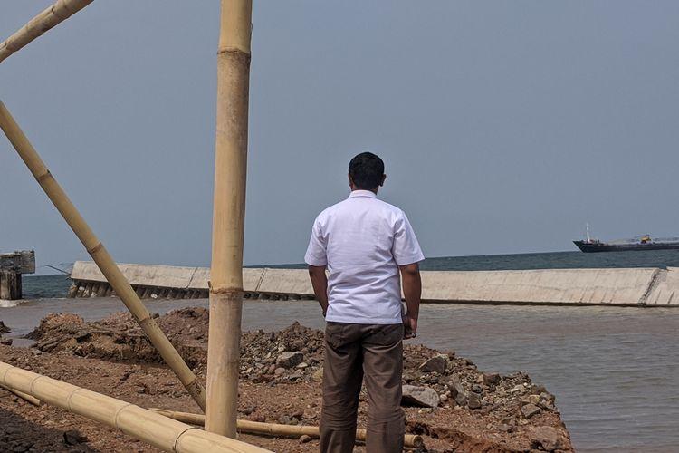 Tanggul Laut NCICD di Pelabuhan Perikanan Nizam Zachman, Muara Baru, Penjaringan, Jakarta Utara, roboh, Selasa (3/12/2019) kemarin.