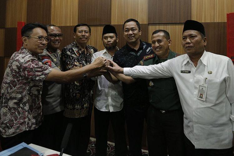 Wali Kota Semarang, Hendrar Prihadi memanggil sejumlah tokoh masyarakat untuk membahas polemik pembangunan gereja di Jalan Malangsari, Tlogosari Kulon, Kecamatan Pedurungan, Selasa (6/8/2019).