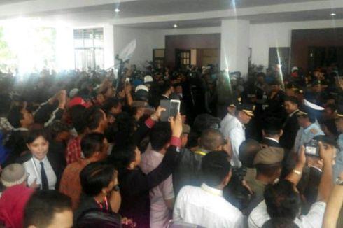 Hujan Deras Warnai Pelantikan 10 Pasang Kepala Daerah di Sulawesi Selatan